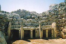 220px-ggantija_temples_28129